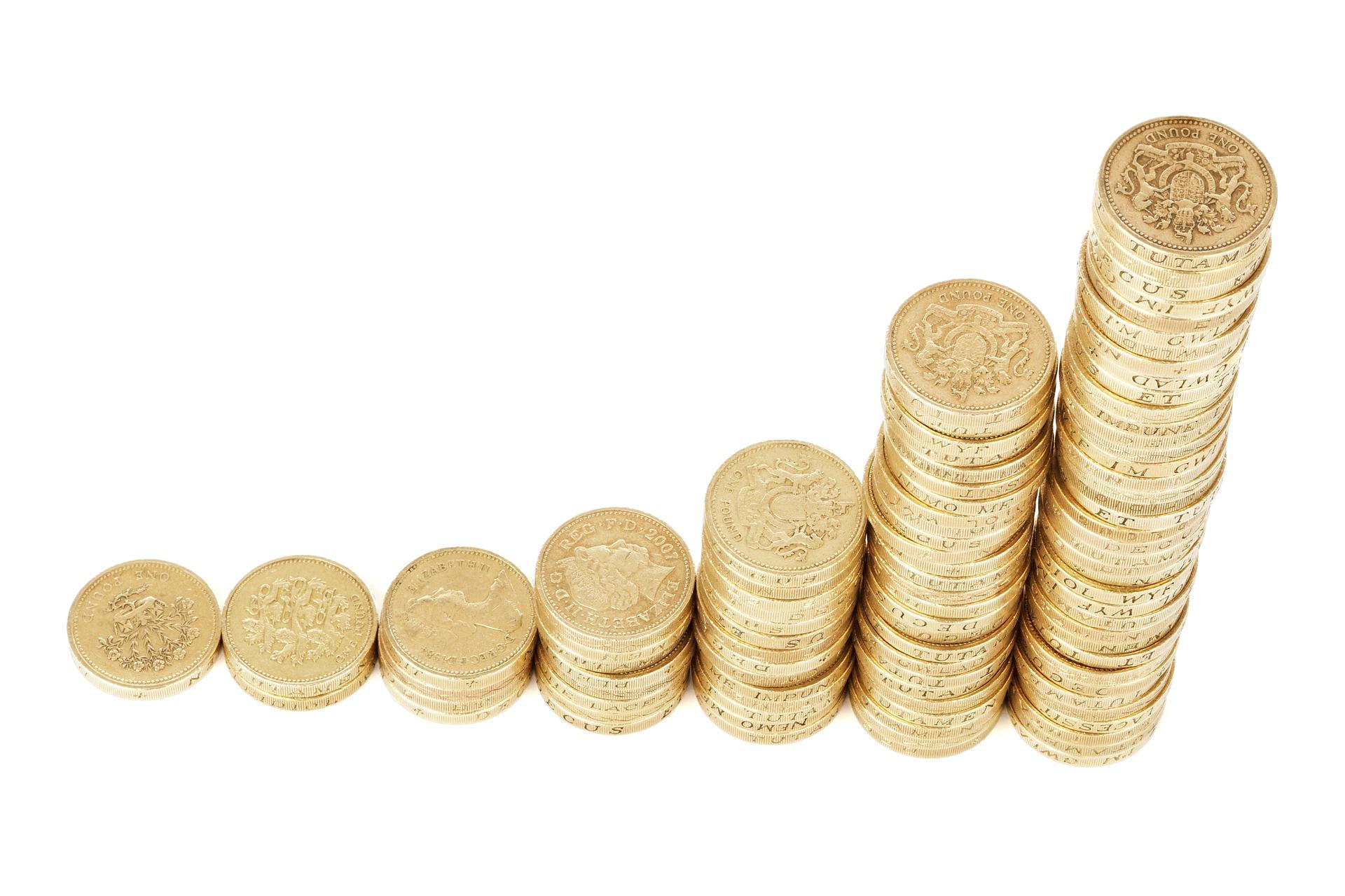 積立保険で貯蓄するメリットとは?預貯金との決定的な違いを解説します